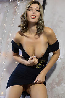Stefania Beatty in Holiday Mood by Nudero indoor blonde brown eyes boobies trimmed pussy fingering