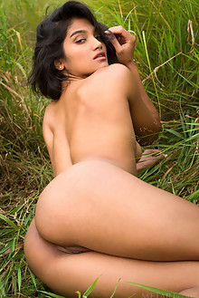 Angel Constance in Jisten by Cassandra Keyes outdoor fields indian brunette black hair brown eyes trimmed hips custom latest