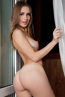 Wilma in Kangwai by Rylsky indoor brunette brown eyes shaved...
