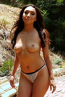 vicki chase chasing down dream holly handall outdoor brunette brown latina shaved pussy dildo movies movie films film videos video