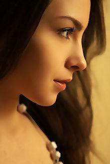 una piccola posiva natasha schon indoor brunette brown unsha...