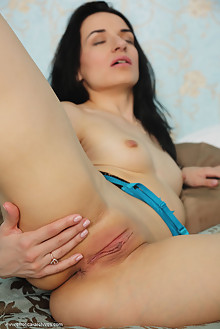 Irida in Basa by Flora indoor brunette black hair shaved pussy labia