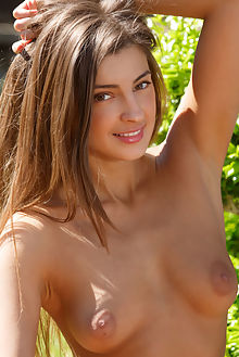 melena a danthe luca helios outdoor brunette brown boobies shaved ass pussy tight
