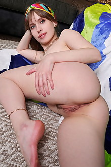 Aristeia in Spirit Colors by Leonardo indoor brunette blue eyes petite shaved pussy ass labia