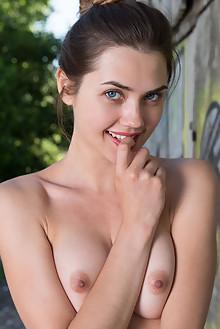 Georgia in Cobrin by Marlene outdoor brunette blue eyes shaved ass hips pussy fingering custom latest