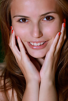 Elle Tan in Wevadi by Matiss outdoor sunny woods brunette brown eyes shaved custom