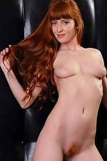 oxavia seat henry sharpe indoor redhead unshaven ass pussy boobies