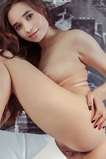 messiah new model presenting dubrovsky indoor brunette pussy