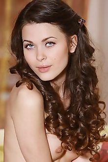 amelie b saniha leonardo indoor brunette blue hairy unshaven pussy custom
