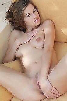 eufrat canapea erro outdoor brunette blue boobies pussy custom