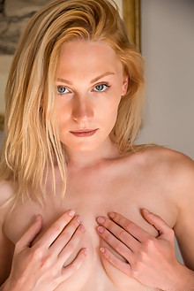Gerda Rubia in Scholar by DeltaGamma indoor blonde blue eyes shaved pussy custom