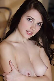 Niemira in Rakeen by Leonardo indoor brunette black hair blue eyes boobies shaved tight pussy