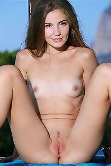 vivian sherza matiss outdoor brunette blue pussy ass custom