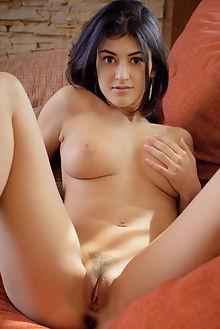 zita new model presenting max asolo indoor brunette ass pussy