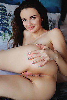 Maible in Vamp by Arkisi indoor brunette brown eyes boobies busty shaved pussy ass