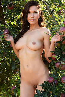 Suzanna A in The Orchard by Fabrice outdoor sunny woods brunette green eyes boobies shaved pussy ass