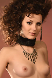 prima narba paromov indoor brunette pussy