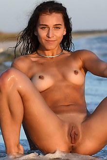 Kailyn in High Tide by Fabrice outdoor beach sunny ocean sea brunette blue eyes wet shaved pussy ass