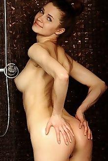 pandora b calita fabrice indoor brunette blue pussy labia shaved boobies custom