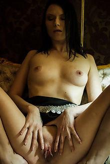 frances yean parlor higinio domingo indoor brunette pussy