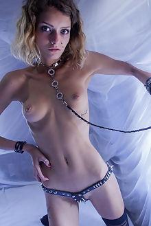 jacinta piercing angela linin brunette green ass bondage