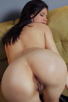 dulcia anifei arkisi indoor brunette boobies ass pussy