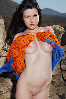 serena wood bollize arkisi outdoor brunette blue boobies ass...