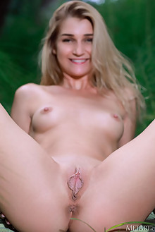 Christine Cardo in Fantasy Forest by Matiss outdoor woods blonde green eyes boobies shaved ass pussy labia custom