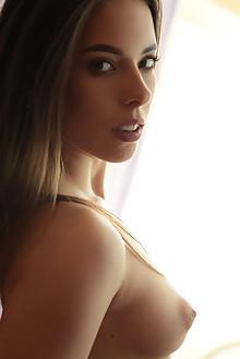 Presenting Chokolady by Natasha Schon indoor brunette green ...