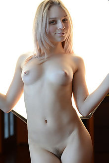 sassha new model presenting paramonov indoor blonde