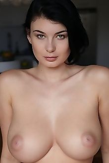 lucy li bethora erro indoor brunette green boobies busty unshaven pussy custom