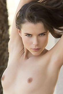 valeria a trita charles lightfoot outdoor brunette blue eyes...