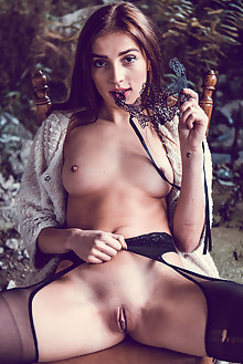 Marlyn in Private by Higinio Domingo outdoor sunny brunette ...