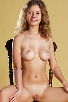 oliwia big boobs antonio clemens indoor blonde hazel boobies ass pussy
