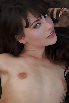 Lorena B in Abadonado by Erro outdoor brunette hazel eyes beach shaved tight pussy ass pinky latest