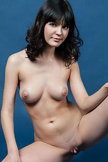 zelda b milagro rylsky indoor brunette brown ass pussy
