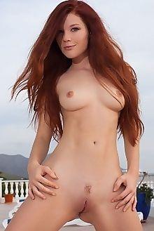 mia sollis mintys koenart outdoor redhead green freckles boobies pussy custom