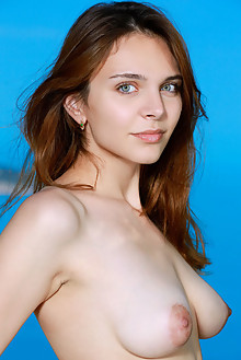 Olga Rich in Elodio by Matiss outdoor sunny seaside brunette blue eyes shaved latest