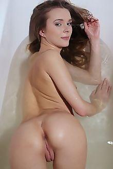katie a tejoir arkisi indoor brunette blue petite wet tub shaved pussy pinky tight ass boobies custom