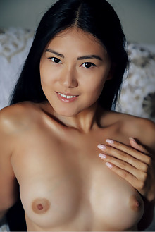 Kimiko in Tarot Cards by Arkisi indoor asian brunette black ...