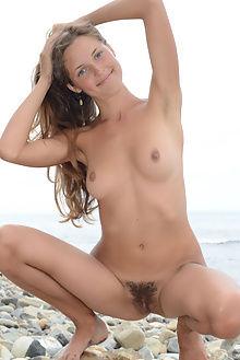 geissa rocky beach paramonov outdoor brunette unshaven pussy