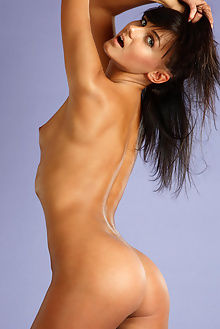 gloria model antonio clemens indoor brunette blue tanned