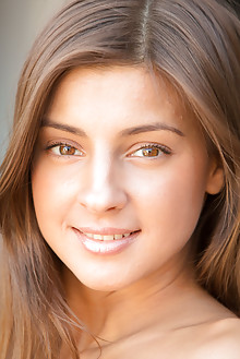 Melena A in Carnez by DeltaGamma indoor brunette brown eyes ...