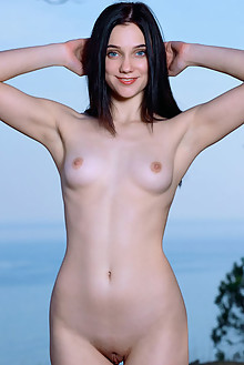 Polly Pure in Blue Jeans by Matiss outdoor sunny seaside brunette black hair blue eyes boobies shaved pussy ass