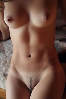 beth sauna arkisi indoor brunette brown boobies ass pussy