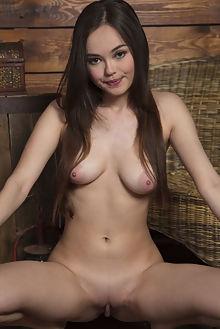 li moon cabina marlene indoor brunette brown asian boobies s...