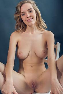 ryana nevisa alex lynn indoor blonde blue boobies shaved ass pussy