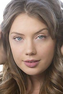 elena koshka new model presenting charles lightfoot indoor brunette blue boobies shaved pussy custom