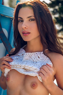Jasmine Jazz in French Tips by Alex Lynn outdoor sunny brune...
