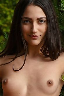 cira nerri lizean rylsky outdoor indoor brunette brown shaved ass pussy tight custom